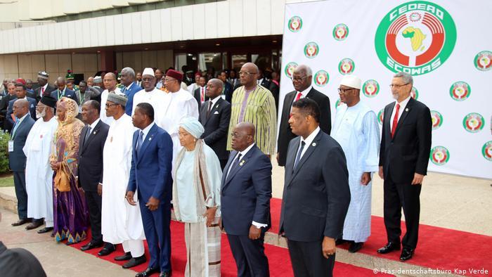 ECOWAS ta tsoma baki a rikici Senegal