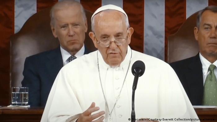 Tekun Bahar Rum babbar makabarta ce - Paparoma Francis