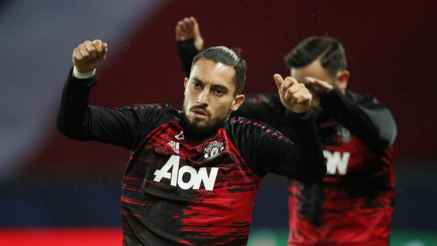 Corona ta kama Telles da ke taka leda Manchester United