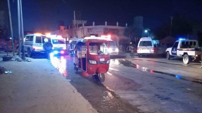 Hari a gaban wani gidan cin abinci a Mogadishu